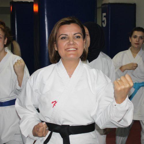 Fatma Kaplan Hürriyet (2) (98)